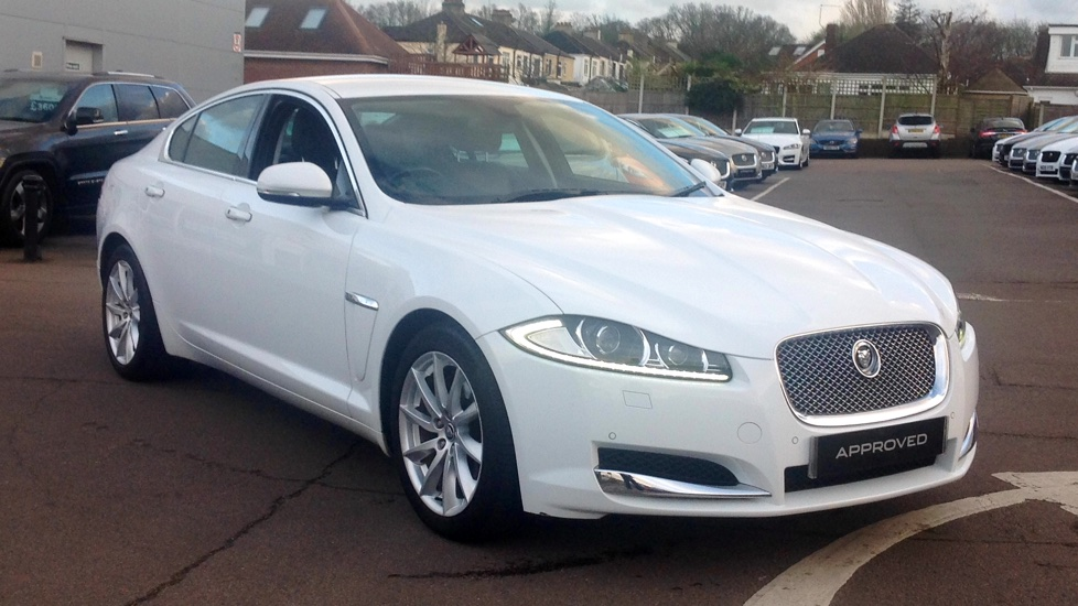 Jaguar XF 2.2d Premium Luxury Auto Diesel Automatic 4 door Saloon (2012) image