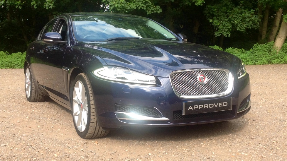 Jaguar XF 3.0d V6 Premium Luxury [Start Stop] Diesel Automatic 4 door Saloon (205) image