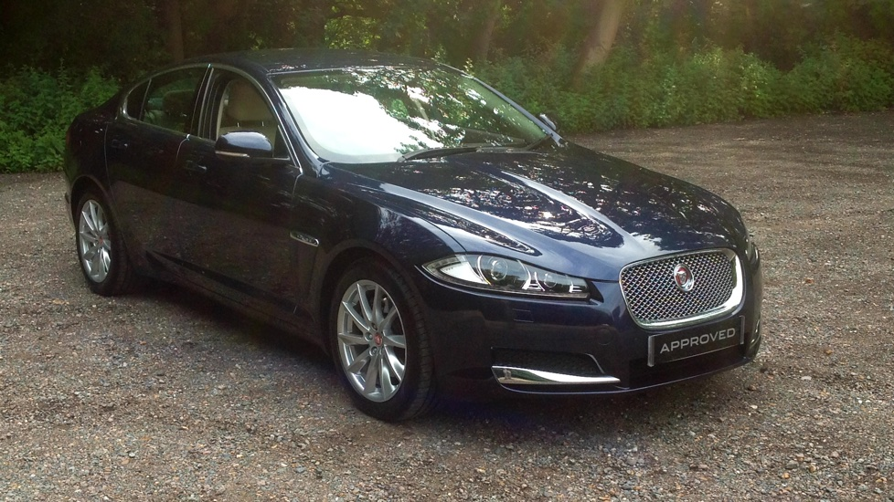 Jaguar XF 2.2d [200] Premium Luxury Low Miles Diesel Automatic 4 door Saloon (2015) image
