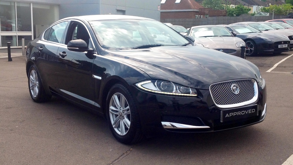 Jaguar XF 2.2d [163] Luxury Low miles Diesel Automatic 4 door Saloon (2013) image