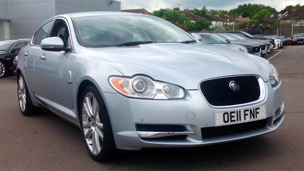Jaguar XF 3.0d V6 S Premium Luxury Auto Low Milaege  Diesel Automatic 4 door Saloon (2011) image