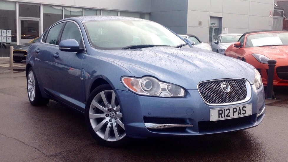 Jaguar XF Premium Luxury Desirable Petrol model 3.0 Automatic 4 door Saloon (2009) image