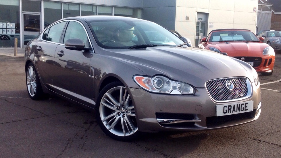 Jaguar XF Portfolio (200) Low Miles 3.0 Diesel Automatic 4 door Saloon (2011) image