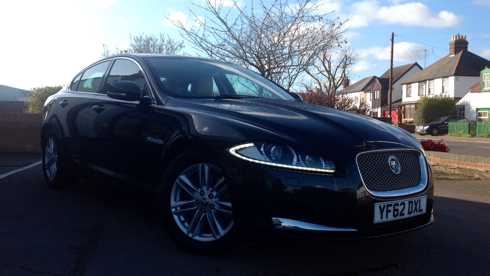 Jaguar XF 3.0d V6 Luxury 4dr Auto [Start Stop] BSM & Rear Camera Diesel Automatic Saloon (2013) image