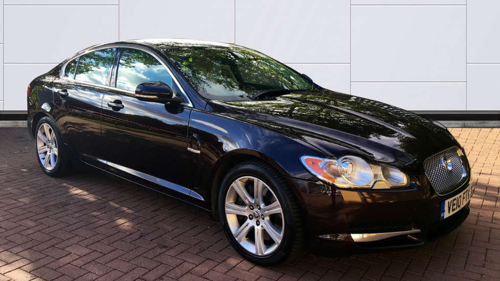 Jaguar XF 3.0d V6 Luxury Diesel Automatic 4 door Saloon (2010) image