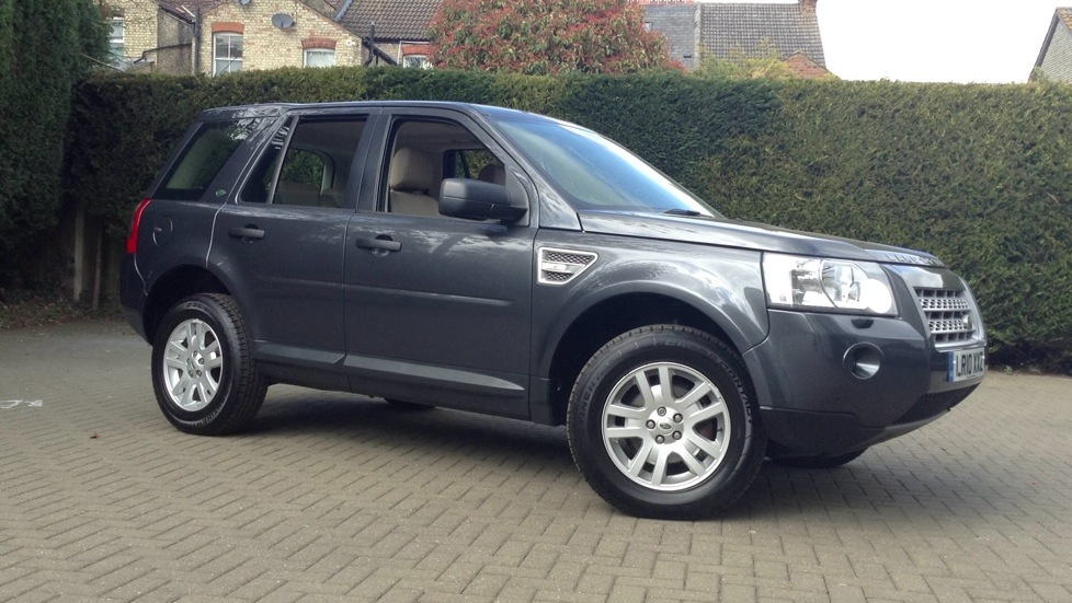 Land Rover Freelander 2.2 Td4 XS [Nav] 5dr Auto Diesel Automatic Estate (2010) image