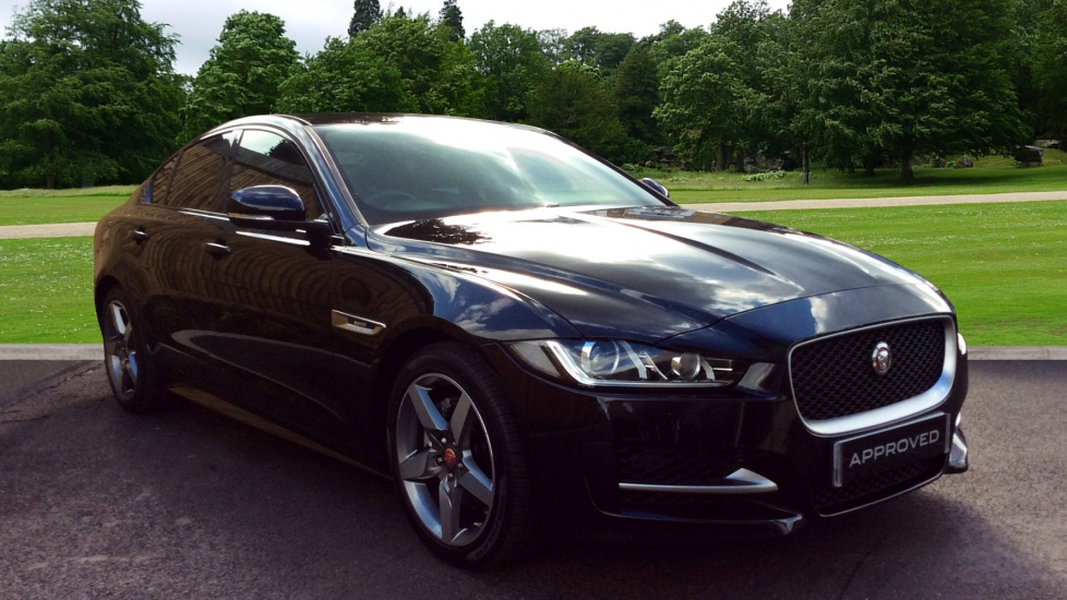 jaguar xe 180 r sport diesel automatic 4 door saloon 2017 lr17dxk in stock jaguar. Black Bedroom Furniture Sets. Home Design Ideas