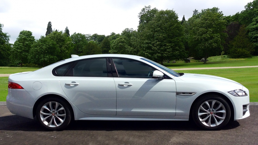 jaguar xf 180 r sport diesel automatic 4 door saloon 2016 ls66rco in stock jaguar. Black Bedroom Furniture Sets. Home Design Ideas