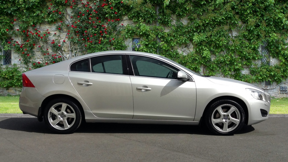 Approved Used S60 1 6 T3 Se 150bhp Rare Petrol Model