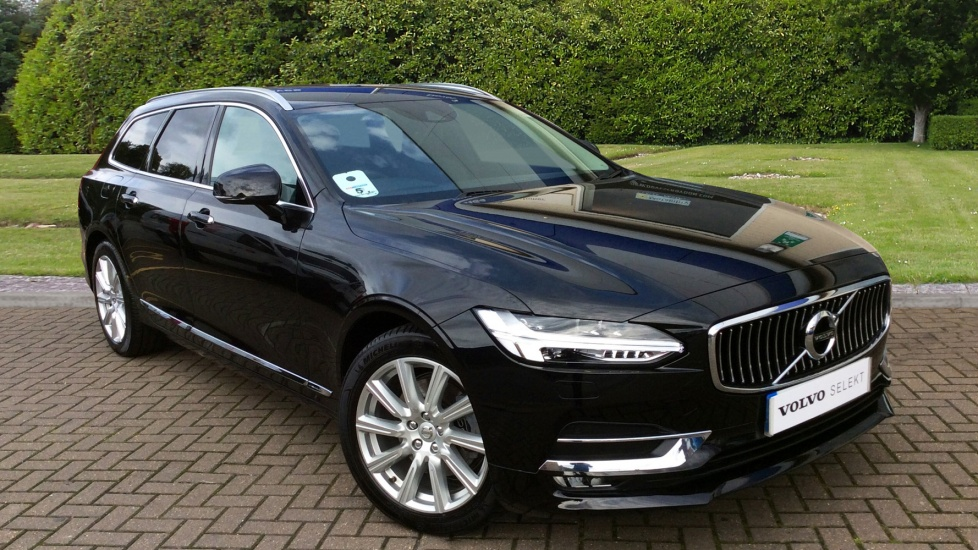 Volvo V90 2.0 D4 190hp Euro 6 Inscription Estate Auto with Winter Plus Pack, Privacy Glass & Power Tailgate Diesel Automatic 5 door (2017) image