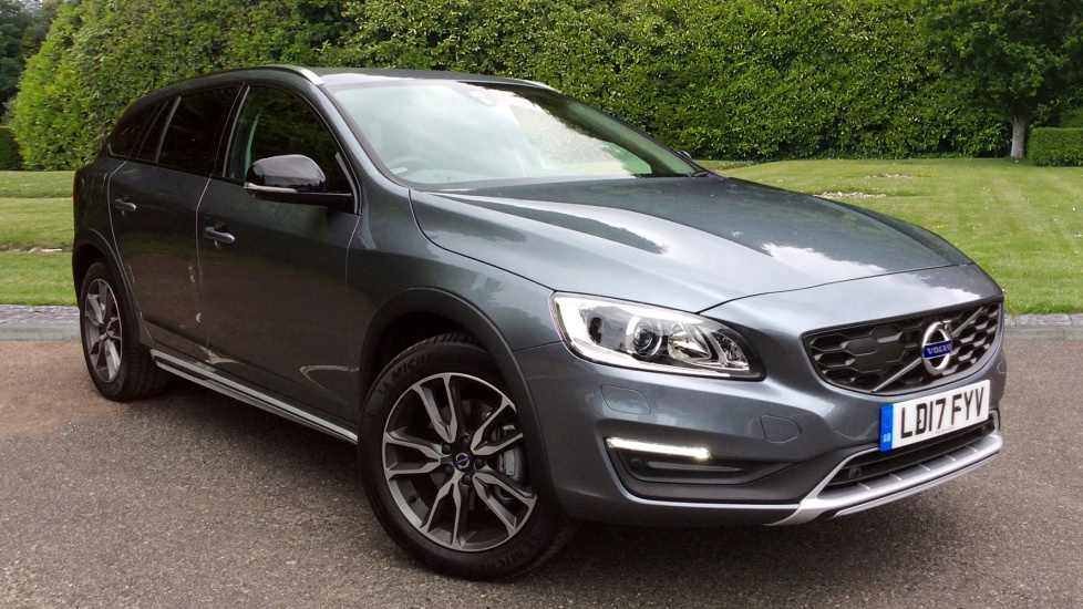 Volvo V60 D3 150hp Euro 6 Cross Country Lux Nav Auto with Winter Pk, Family Pk & Frt & Rear Park 2.0 Diesel Automatic 5 door Estate (2017) image