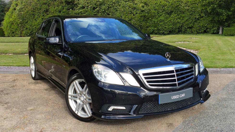 Mercedes-Benz E-Class E220 CDI BlueEFF Sport Edition 125 Tip 2.1 Diesel Automatic 4 door Saloon (2011) image