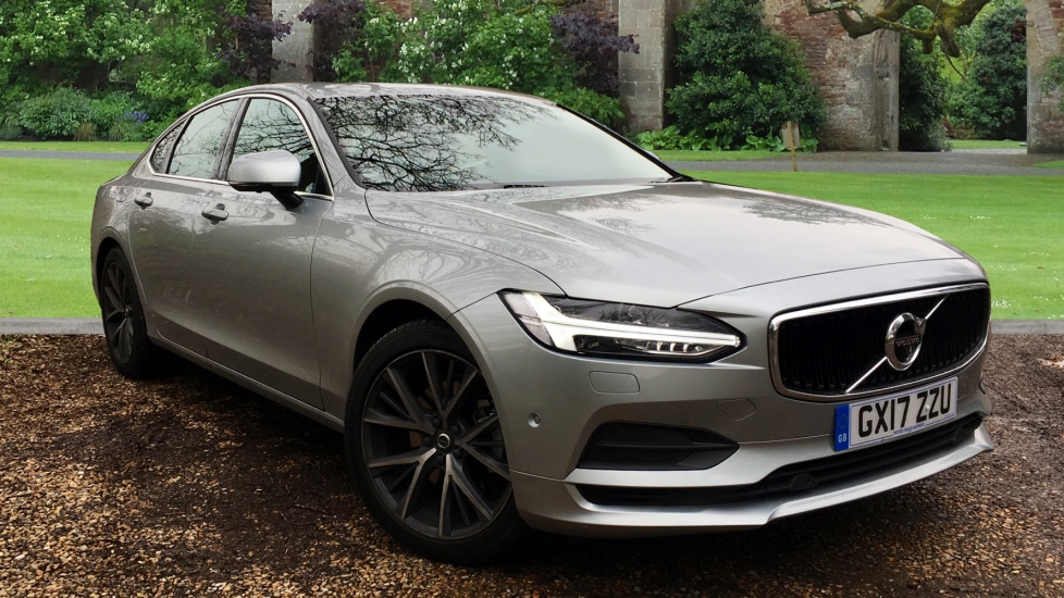 Volvo S90 D4 190hp Euro 6 Momentum Auto with Xenium Pack, Winter Pack, & Elec Sunroof 2.0 Diesel Automatic 4 door Saloon (2017) image