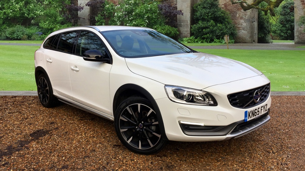 Volvo V60 D4 [190] Cross Country Lux Nav 5dr Geartronic 2.0 Diesel Automatic Estate (2015) image