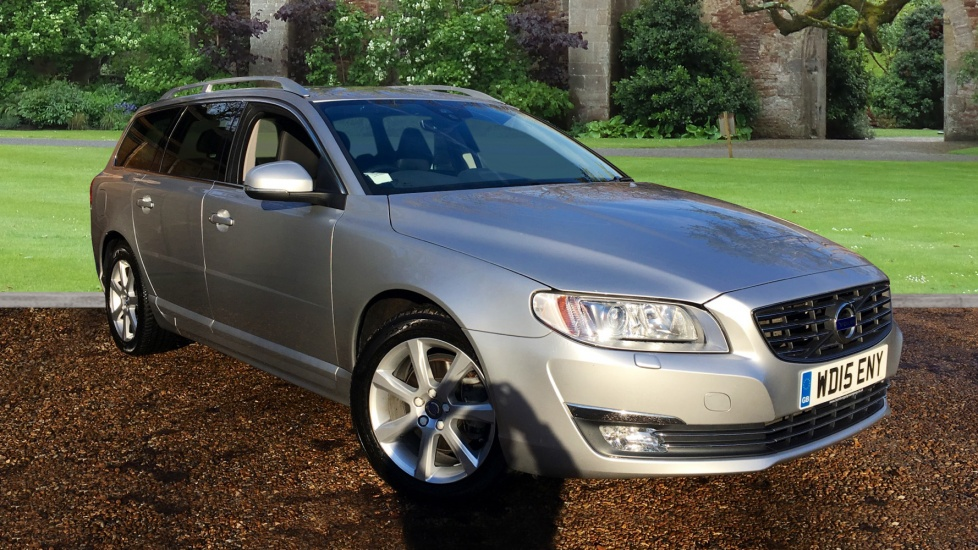 Volvo V70 D4 [181] SE Lux Nav  5dr Auto with Winter Pack 2.0 Diesel Automatic Estate (2015) image