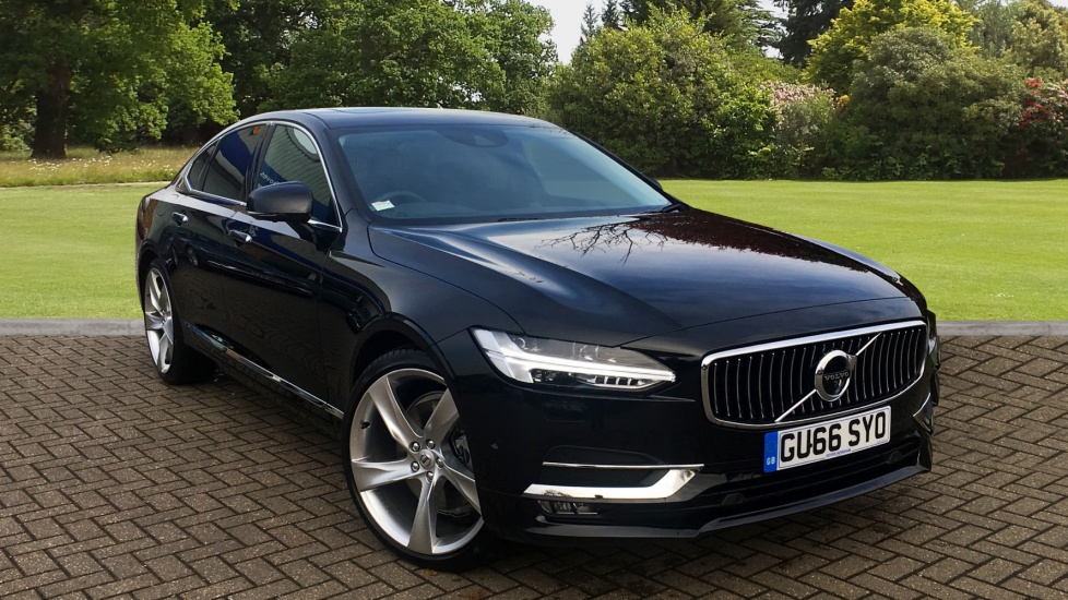 Volvo S90 2.0 D5 PowerPulse Inscription AWD Auto with 21  Diesel Automatic 4 door Saloon (2016) image