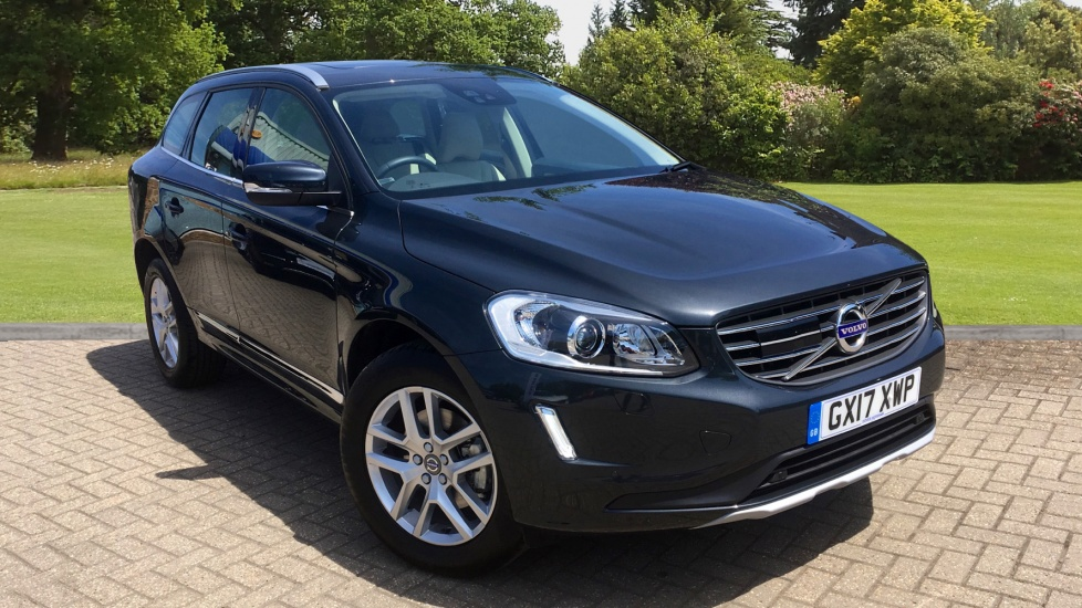 Volvo XC60 D5 AWD SE Lux Nav AT, PanoRoof & RevCamera, Adaptive Cruise, F & R Heated Seats, H.Kardon 2.4 Diesel Automatic 5 door 4x4 (2017)