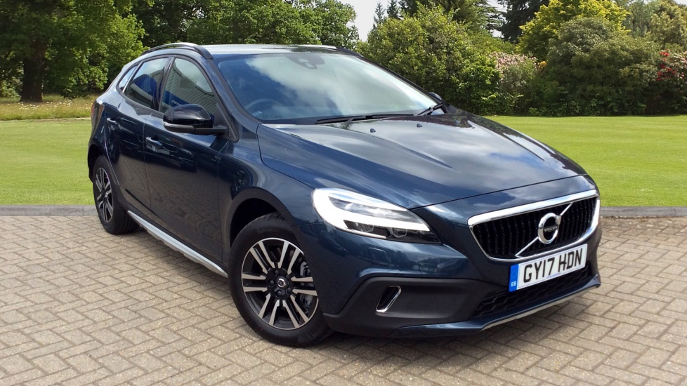 Volvo V40 D2 Cross Country Nav Plus Auto W. High Peformance Sound & Winter Pk 2.0 Diesel Automatic 5 door Hatchback (2017) image