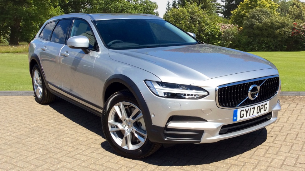 Volvo V90 D4 AWD 190hp Cross Country Auto, With 360 Parking Camera, Sat Nav & BLIS 2.0 Diesel Automatic 5 door Estate (2017) image