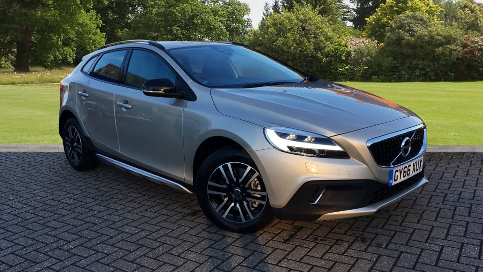 Volvo V40 D2 [120] Cross Country Nav Plus Geartronic 2.0 Diesel Automatic 5 door Hatchback (2016) image
