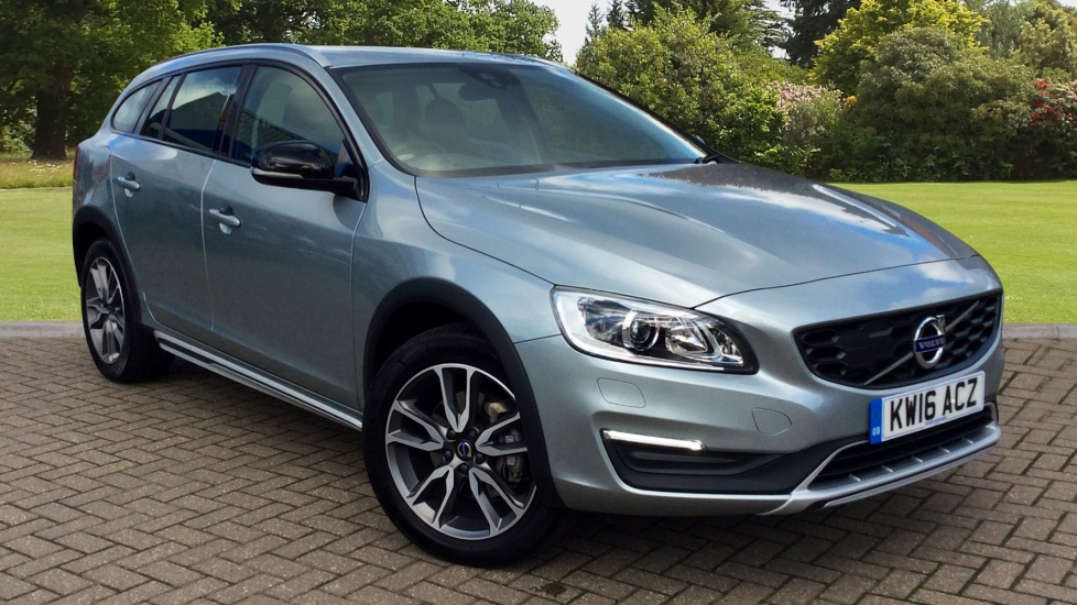 Volvo V60 D4 [190] Cross Country Lux Nav 5dr Geartronic 2.0 Diesel Automatic Estate (2016) image