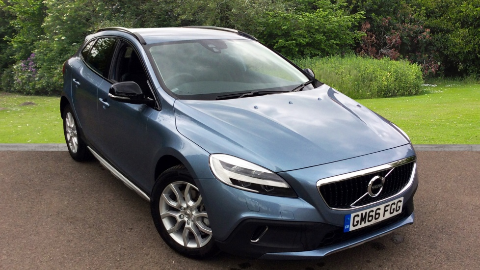 volvo v40 t3 pro auto used vehicle by mcnaughton ross wadhurst. Black Bedroom Furniture Sets. Home Design Ideas