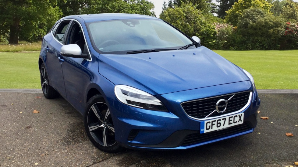 Volvo V40 D2 R-Design Manual - Premium Paint