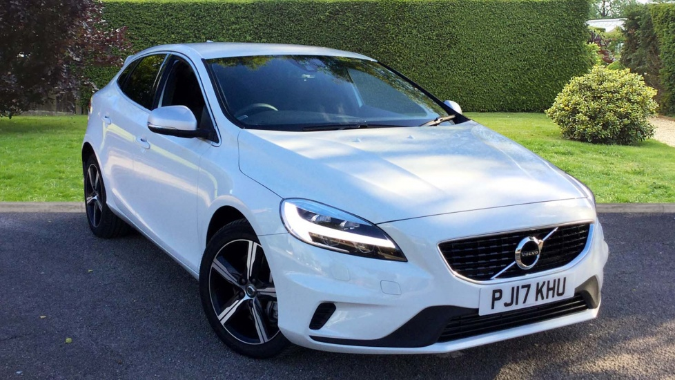 Volvo V40 D4 [190] R DESIGN Nav Plus G/Tronic with Winter Pack and Rear Park Assist 2.0 Diesel Automatic 5 door Hatchback (2016) image