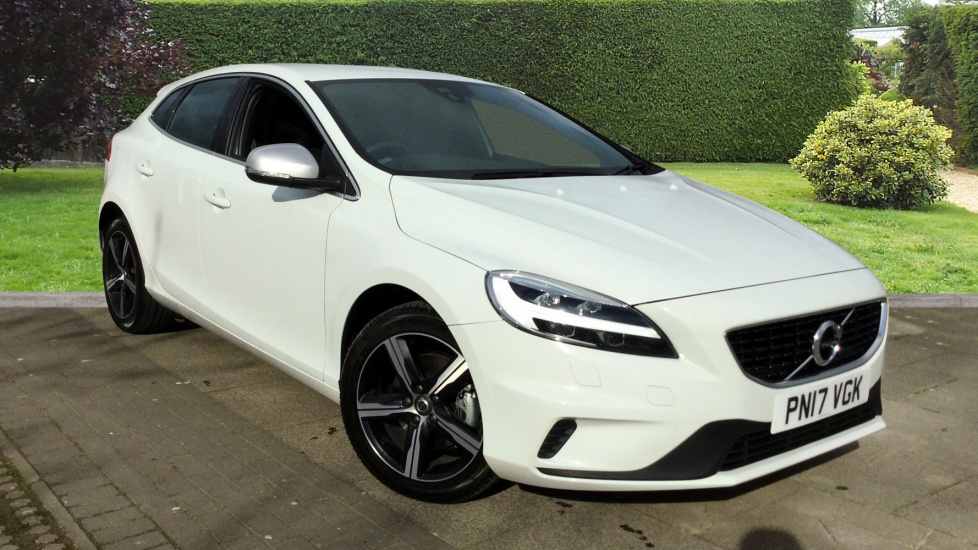used volvo v40 petrol cars for sale motorparks. Black Bedroom Furniture Sets. Home Design Ideas