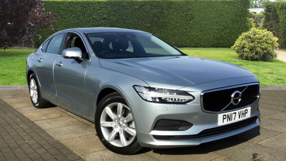 Volvo S90 D4 Momentum Geartronic with Sensus Nav and Rear Camera 2.0 Diesel Automatic 4 door Saloon (2017) image