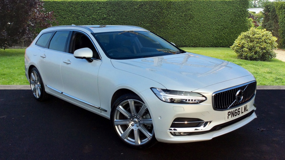 Volvo V90 2.0 D5 PowerPulse Inscription 5dr AWD Geartronic Nappa Leather and Winter Plus Diesel Automatic Estate (2016) image