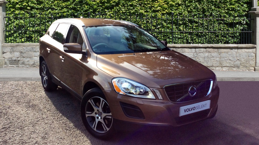 Volvo XC60 D5 [215] SE Lux 5dr AWD Geartronic  2.4 Diesel Automatic Estate (2013) image