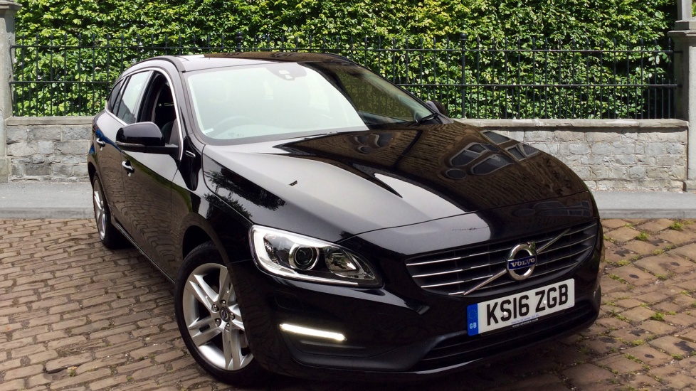 Volvo V60 D5 [163] Twin Eng SE Nav 5dr AWD Geartronic [Lthr] with Winter Pack 2.4 Diesel/Electric Automatic Estate (2016) image