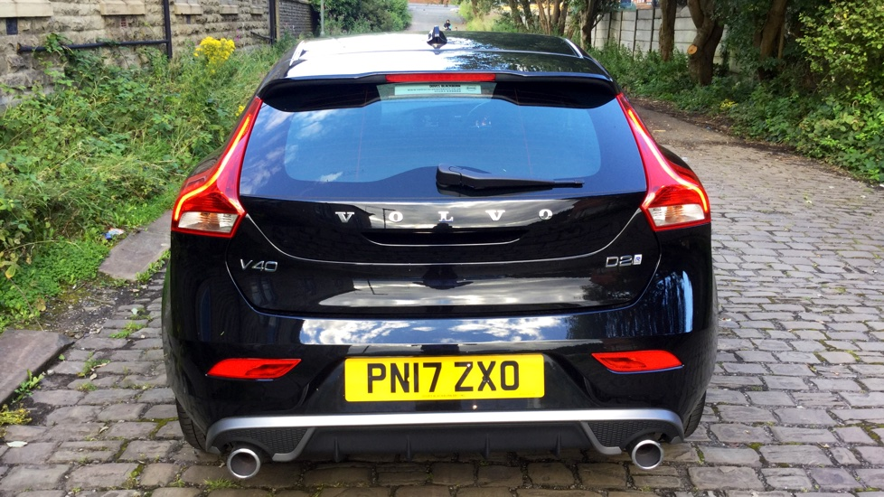 Volvo V40 D2 R-Design Manual Heated front seats, DAB Radio & Headlamp Cleaning System