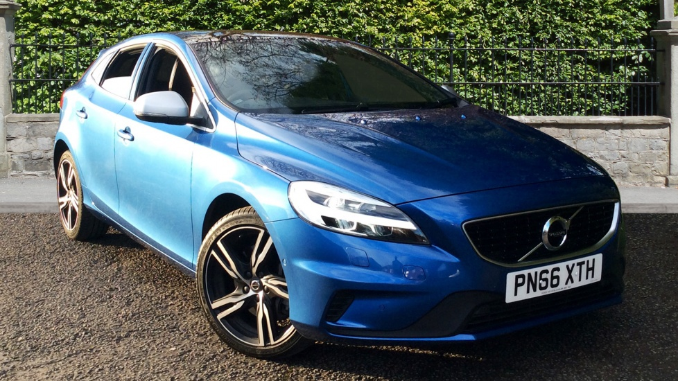 Volvo V40 D4 [190] R DESIGN Pro Auto with Xenium Pack, Winter Pk & Gearshift Paddles 2.0 Diesel Automatic 5 door Hatchback (2016) image