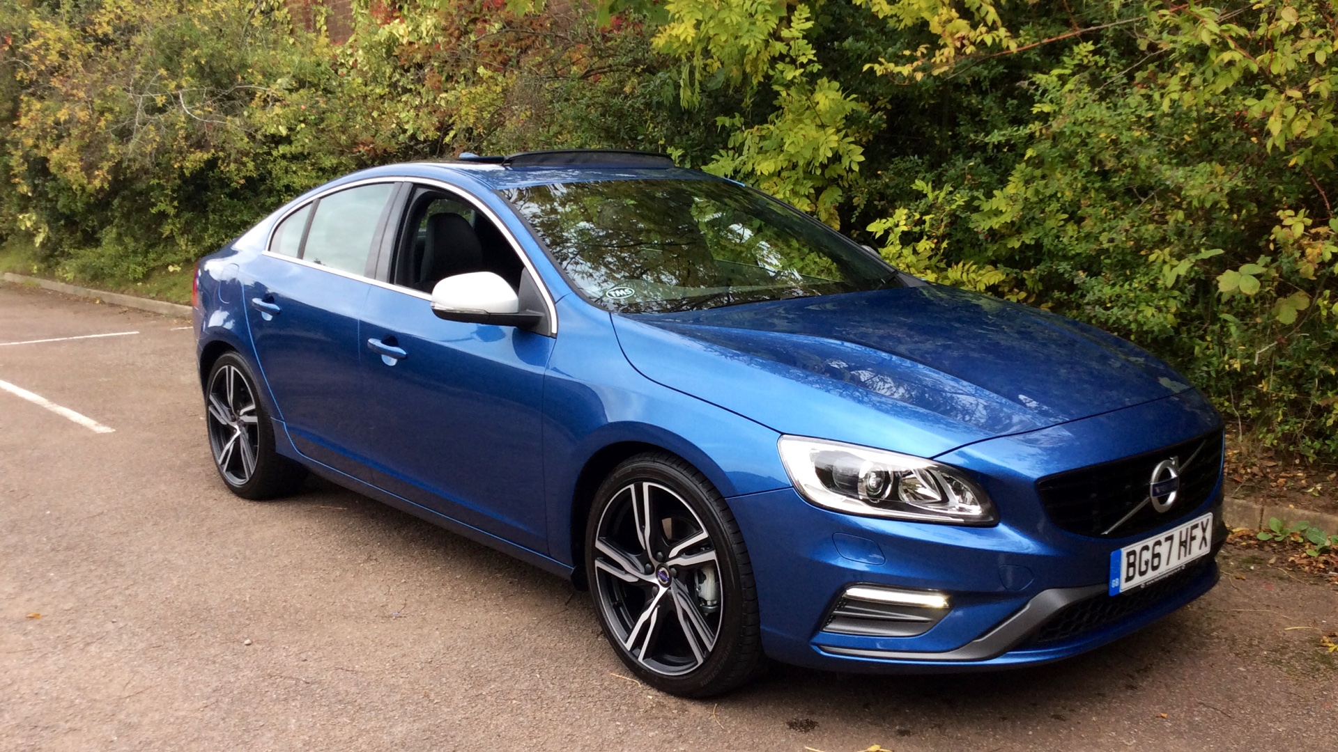 volvo s60 39k new sunroof big spec d4 190bhp r design lux nav automatic used vehicle by. Black Bedroom Furniture Sets. Home Design Ideas