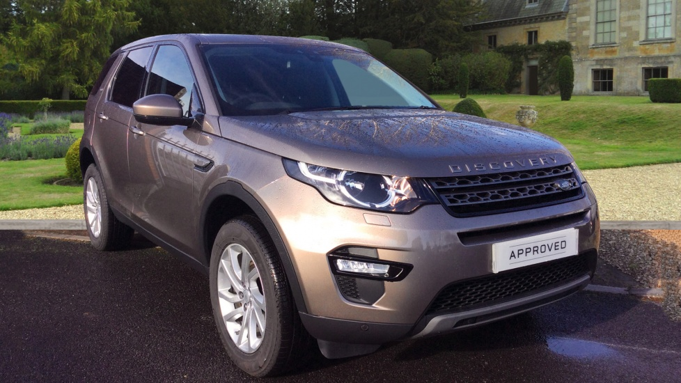 Land Rover Discovery Sport 2.0 TD4 180 SE Tech 5dr Diesel Automatic 4x4 (2016) image